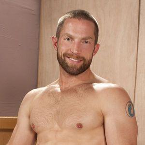 Актёр гей-порно Adam Herst (Адам Хёрст)